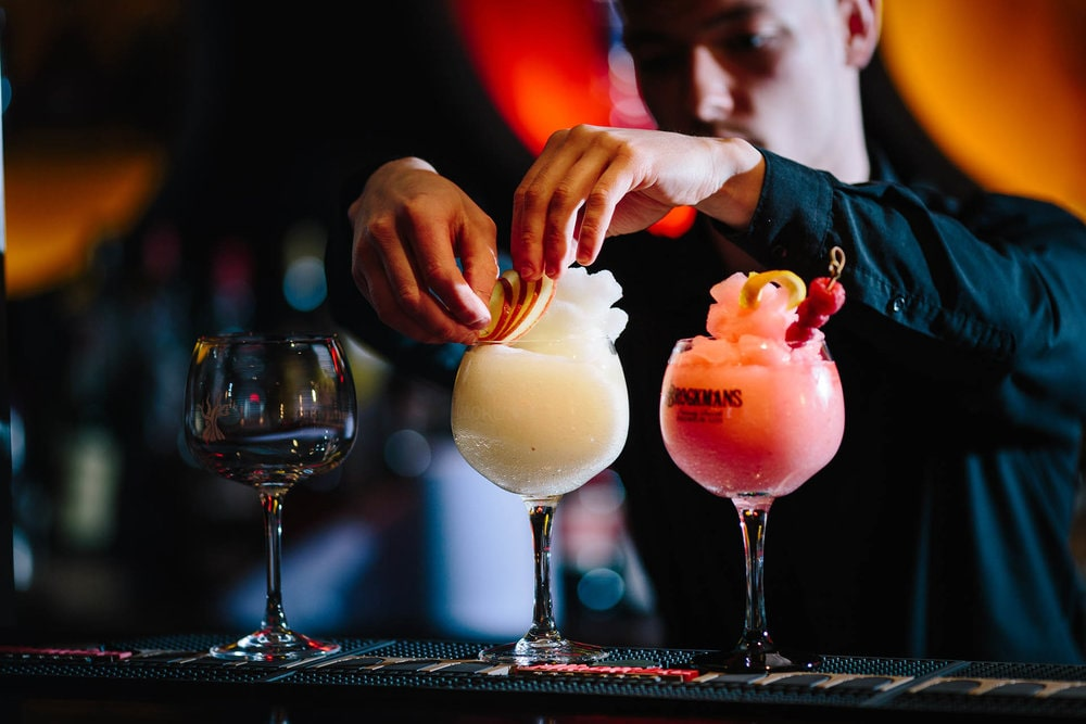 Professional Bartender's Program